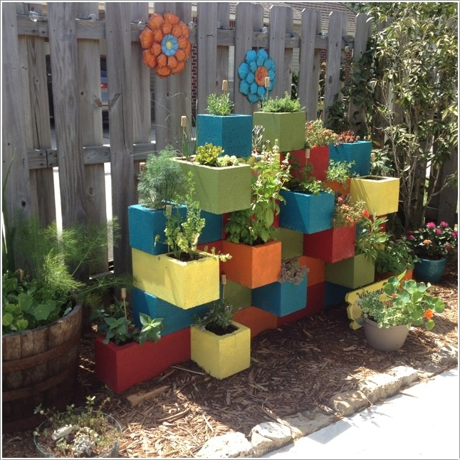 15 Cheerful Ideas to Add Color to Your Garden (3)