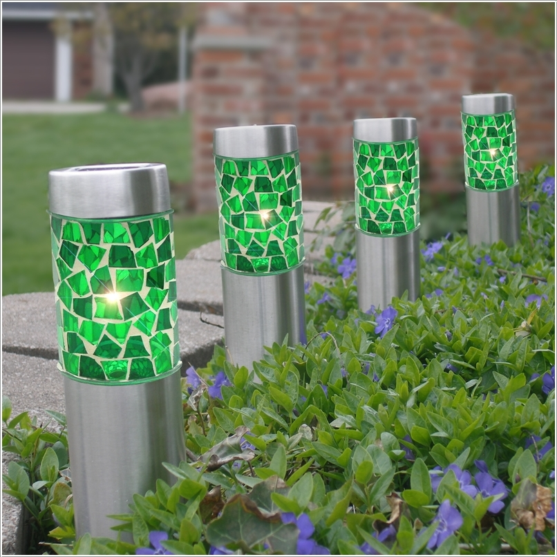 15 Cheerful Ideas to Add Color to Your Garden (7)