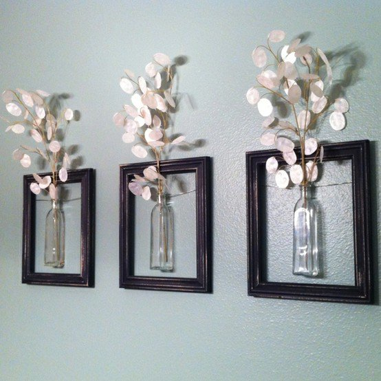 ways-to-use-old-pictures-frames-into-home (4)