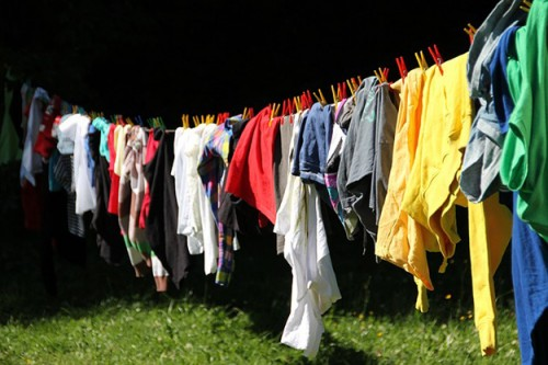 clothes-line-vêtement-linge-t-shirt-pantalon