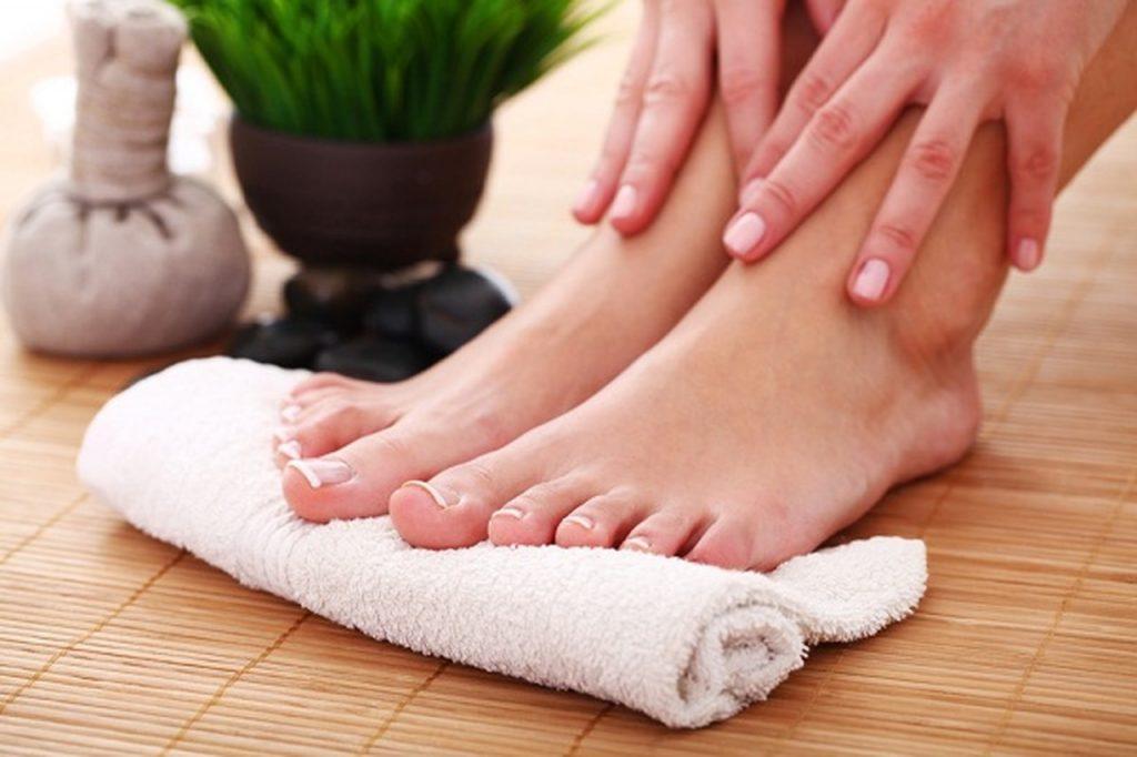 علاج جفاف القدمين